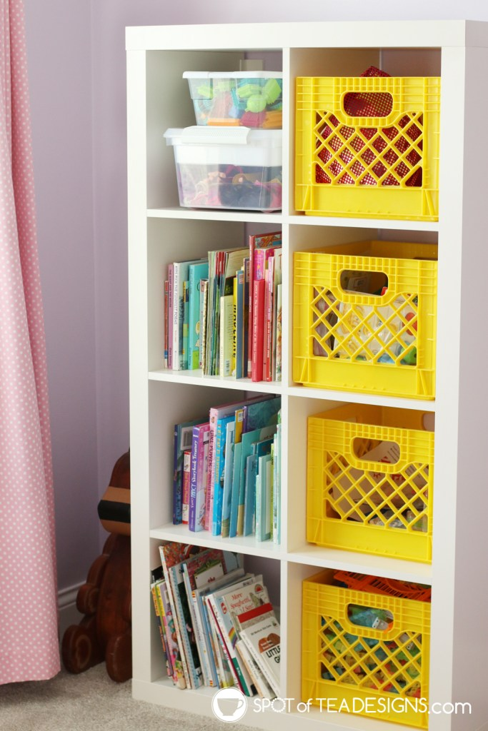Girl's bright and colorful bedroom tour - books in rainbow color order | spotofteadesigns.com