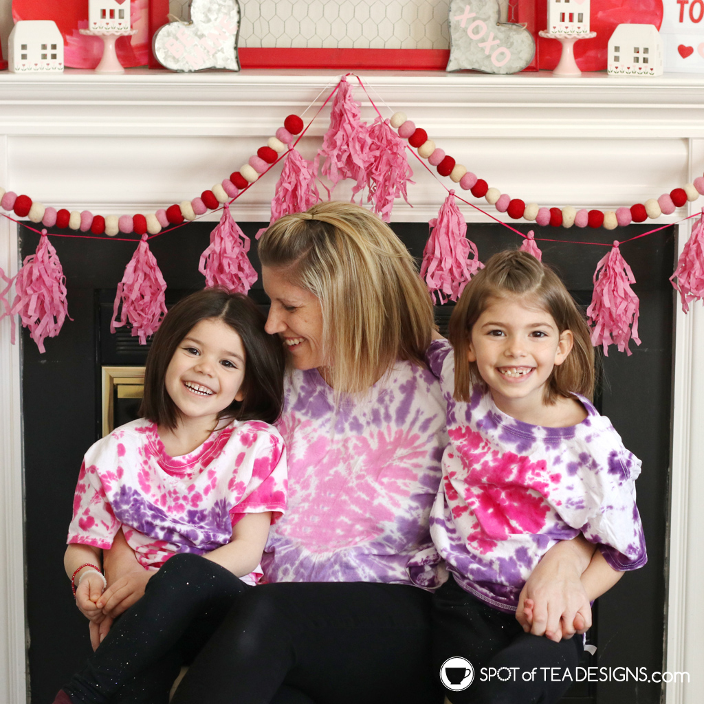 How to make heart tie dye t-shirts | spotofteadesigns.com