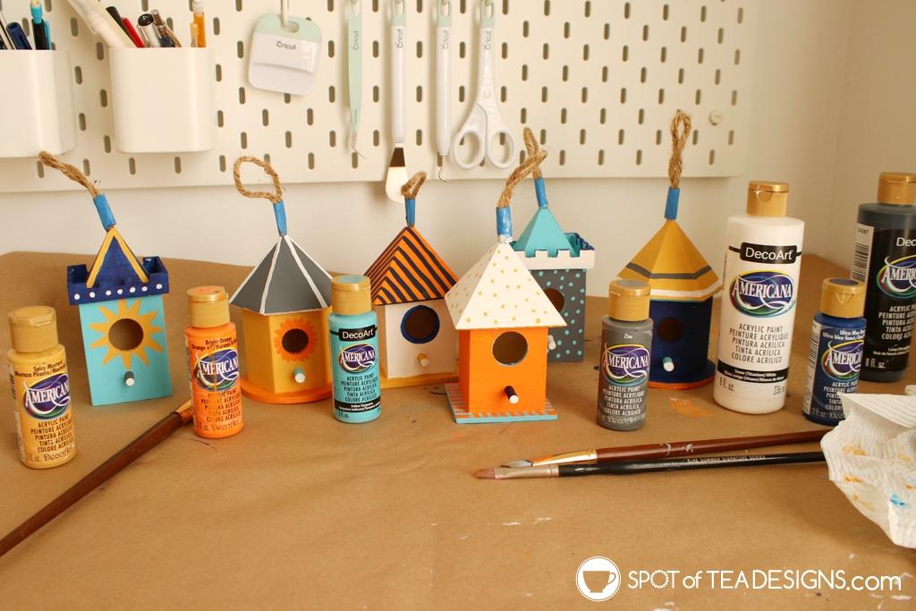 Spring mantle - painted birdhouses | spotofteadesigns.com