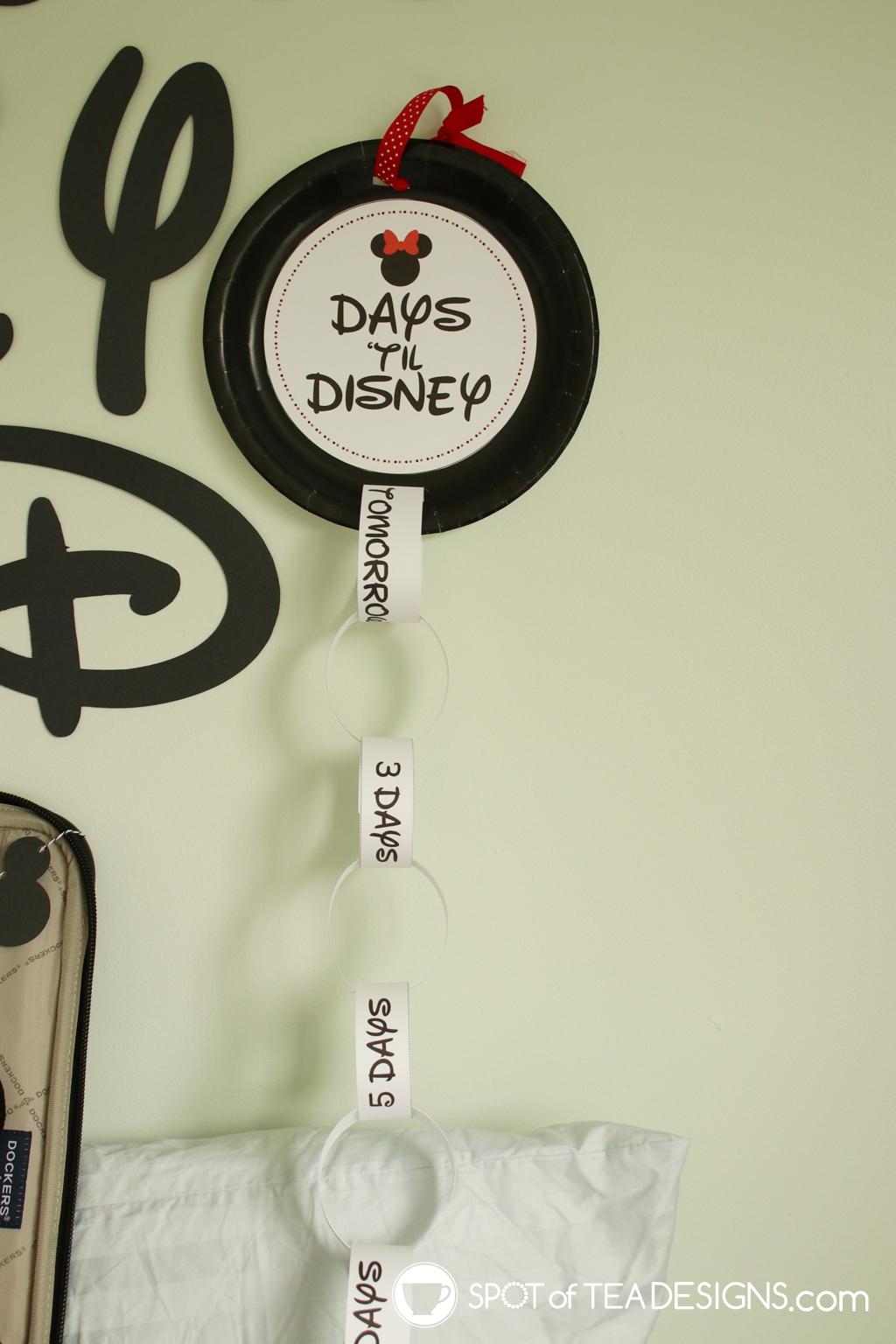 Paper plate Disney countdown with free printables | spotofteadesigns.com