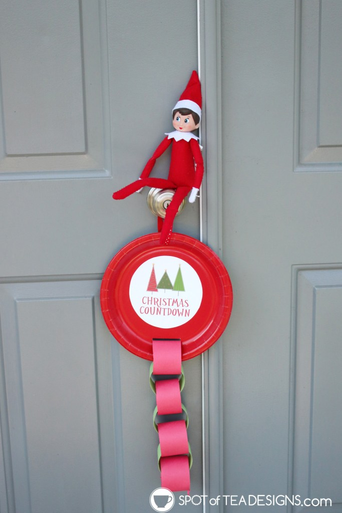 Elf on the shelf paper plate paper chain countdown | spotofteadesigns.com