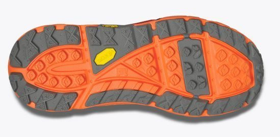 Good usage of lugs and flex grooves for incredible traction and balance