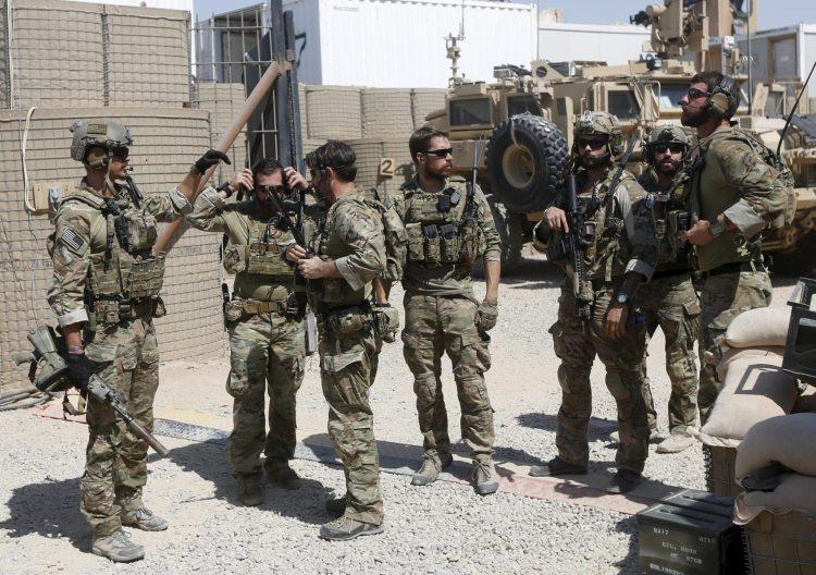 us-special-forces-troops-patrol
