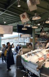 Family Travel Guide – Seattle: Pike Place Market / City Fish Market / Flying Fish – Spousesproutsandme.wordpress.com