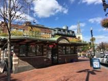 Travel Guide: Boston on a Budget - Harvard Tour - www.spousesproutsandme.com