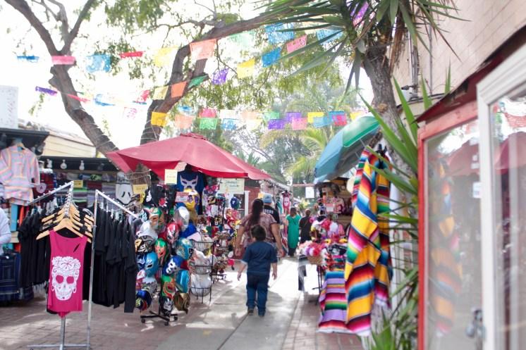 Dia De Los Muertos: Old Town, San Diego - www.spousesproutsandme.com