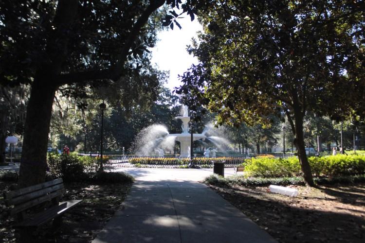 Travel Guide: Savannah, GA - Forsythe Park - www.spousesproutsme.com