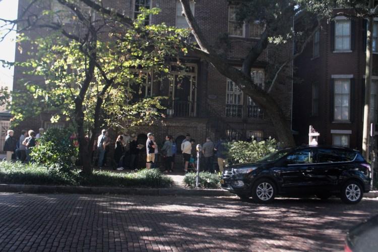 Travel Guide: Savannah, GA - Mrs. Wilkes Dining Room - www.spousesproutsme.com