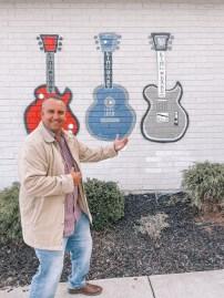 Carter Vintage Guitars - Nashville Travel Guide - www.spousesproutsme.com