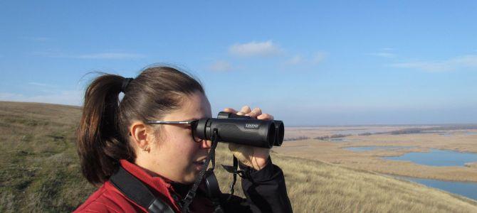 Cum alegem binoclul potrivit pentru birdwatching?