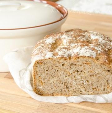 Chleb na zakwasie z prazona cebulka