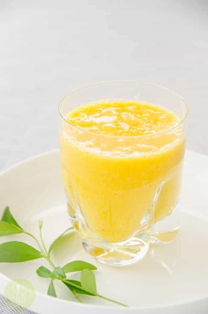 smoothie pomaranczowo-bananowy