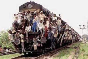Zagrebački incident najgora je nesreća ovog tipa još otkad su usred vožnje na relaciji Mumbai-New Delhi otpala vrata WC-a u vlaku u kojem je poslužen prezačinjeni curry