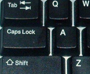 Jedan je forumaš iz Vinkovaca zbog žustrih rasprava ovaj tjedan na tipkovnici morao čak tri puta mijenjati Caps Lock tipku.