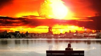 Mladi Karlovčanin, Stjepan S. (26) sljedeći tjedan trebao bi testirati atomsku bombu kućne izrade te se s pravom nada da će mu to osigurati stalno radno mjesto u nekoj državnoj firmi.