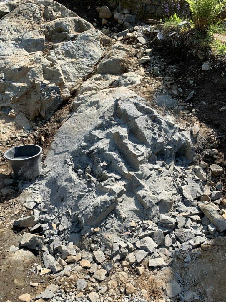 fjerne granitt fjell