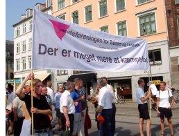I 2002 deltog LBL (nu LGBT Danmark) med et banner med parolen: Der er meget mere at kæmpe for!