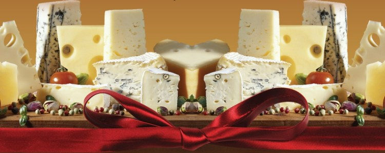 red-bow-cheese-board
