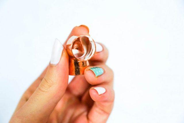 DIY copper bracelet holder-2