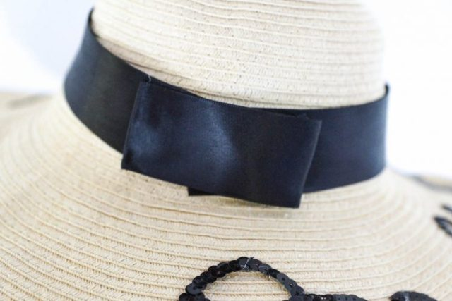 DIY chapeau on holiday (5 of 8)