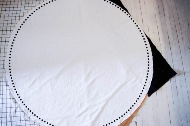 Etapes serviette ronde-12