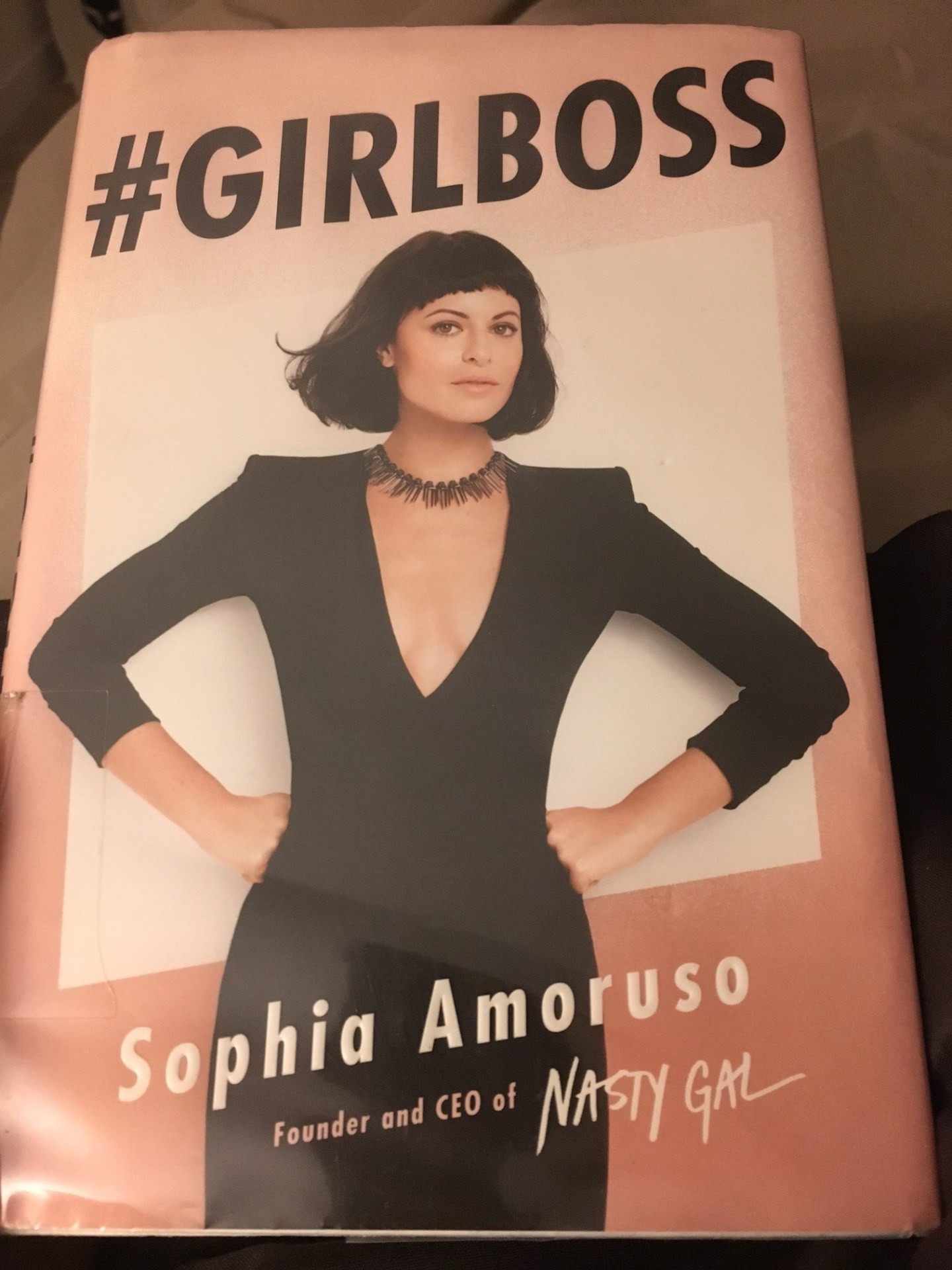 #Girlboss – Book Review