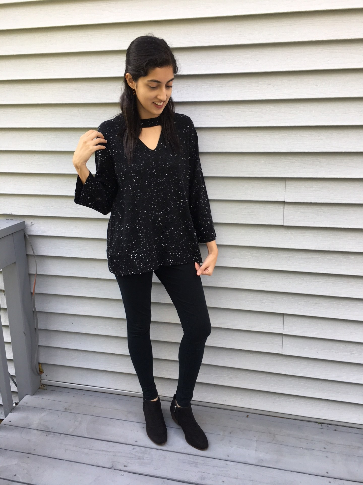 black chocker sweater2