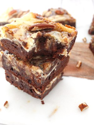 Caramel Pecan Cheesecake Brownies