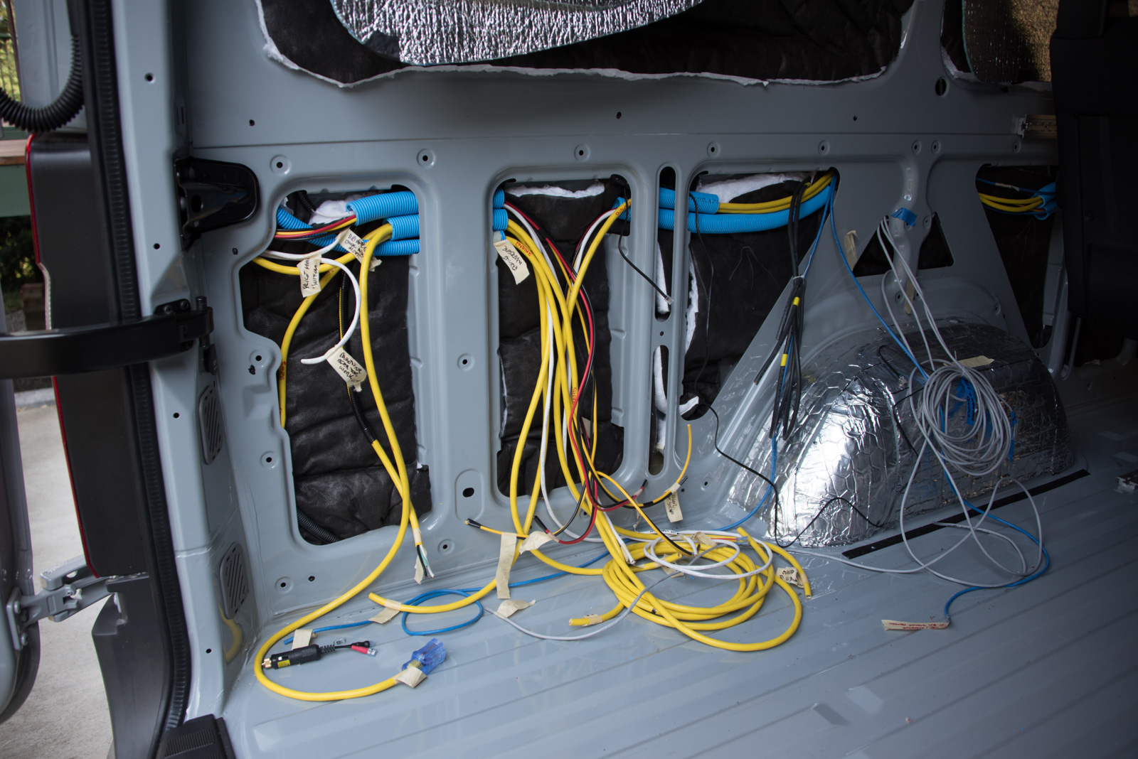 Making spaghetti - 12v and 120v cables