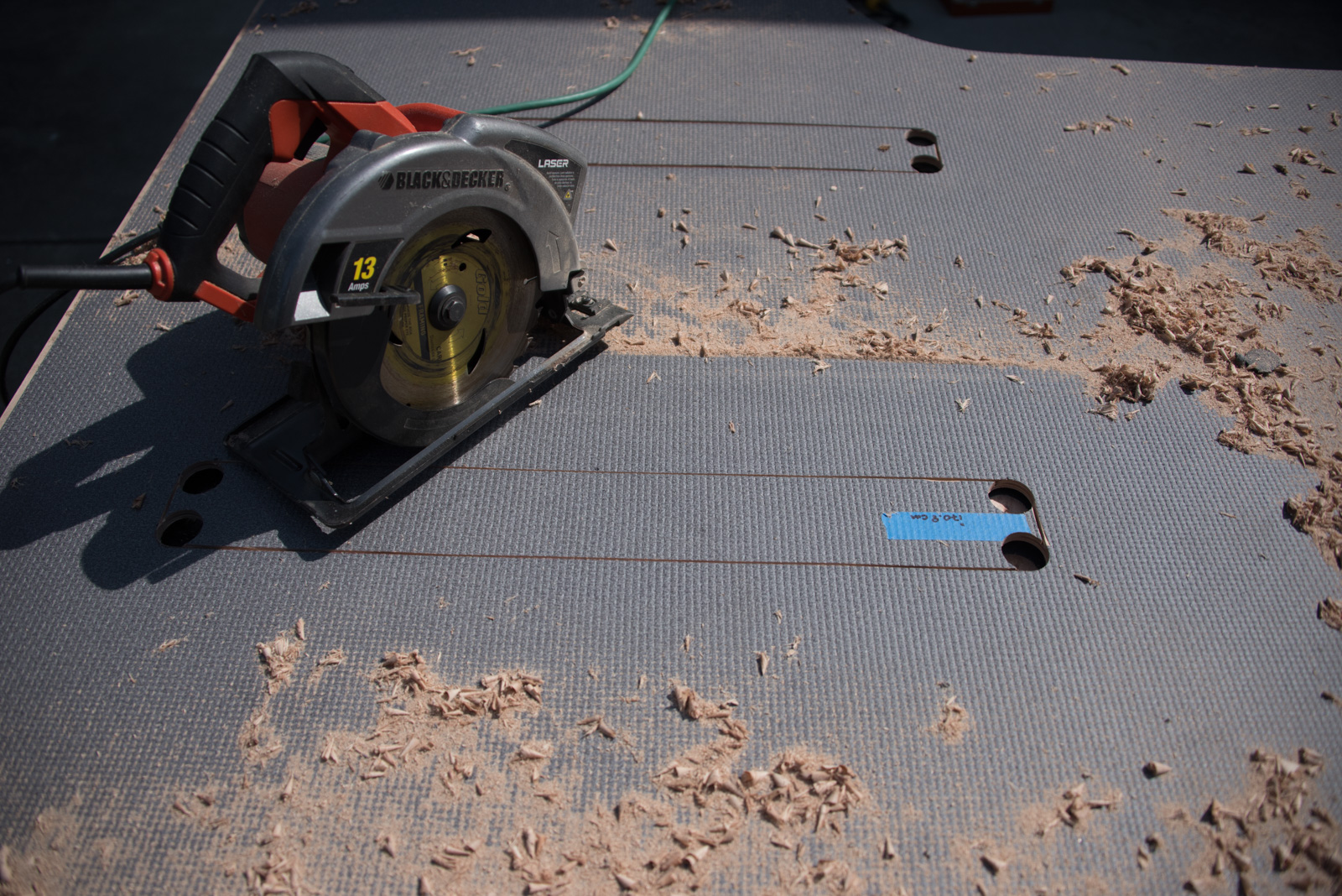 Plunge cuts with a circular saw to join-the-dots between the corner holes