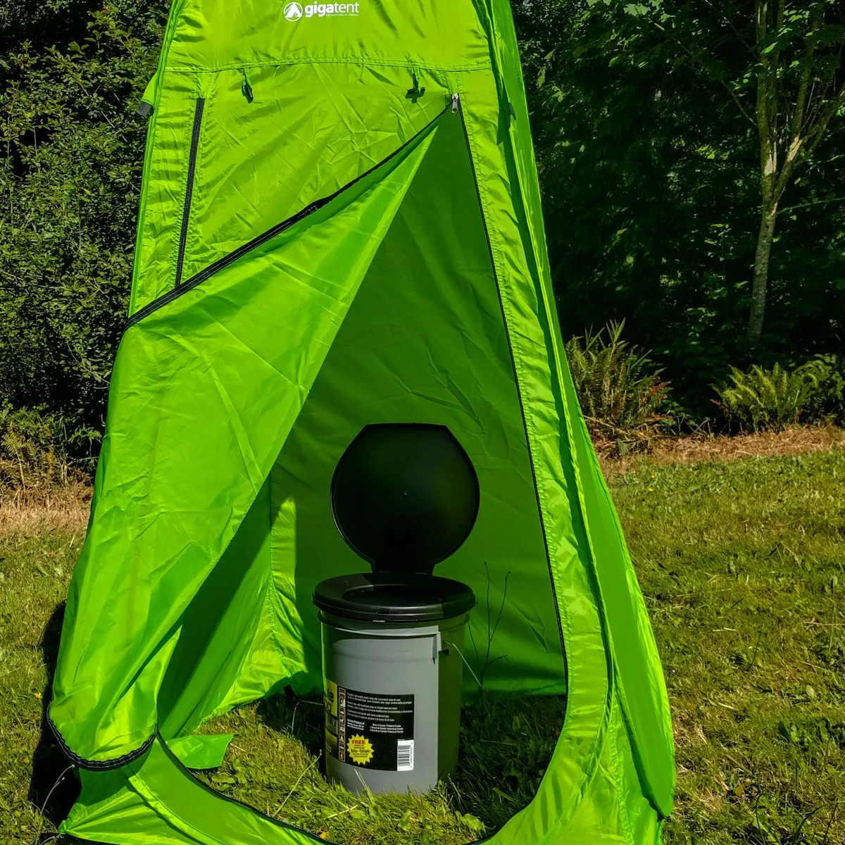 Pop-up toilet tent