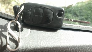 Sprinter key fob and lock button