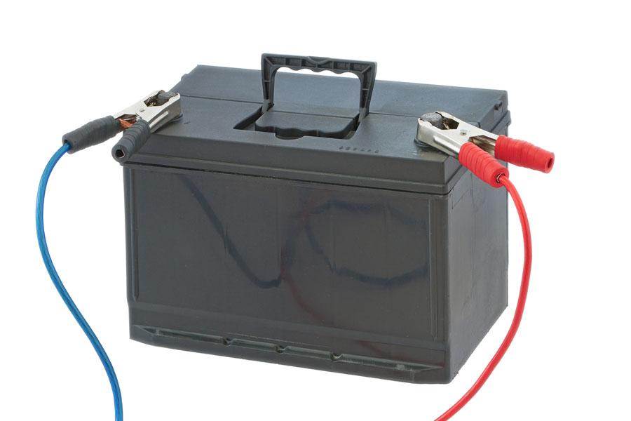 ¿Se puede reparar una batería agotada?