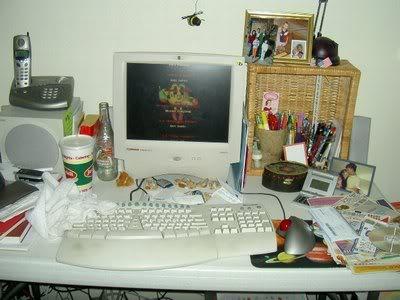 computer-n-desk