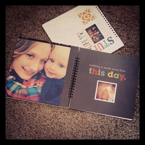 My mom's 2013 calender & dayplanner - courtesy of ♡ Instagram, me & Paper Coterie