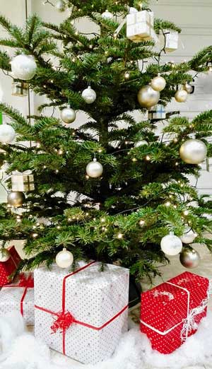 Christmas-Crafts-to-sell-Christmas-Tree-Ornaments