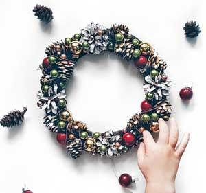 Christmas-Crafts-to-sell-Christmas-wall-decor