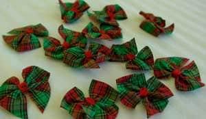 Christmas-Crafts-to-sell-Tartan-Scottish-Christmas-Craft-Bow-Embellishment