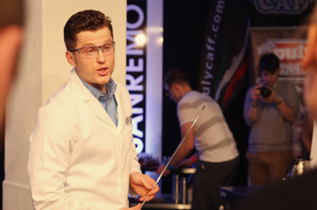 Teach-Me-Science-Maxwell-Colonna-Dashwood-I-Dont-Mind-UKBC-2014