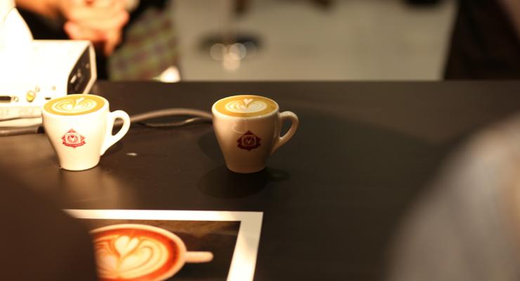 latte-pours