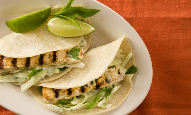 Healthy-Grilled-Quick-Fish-Tacos-Spry