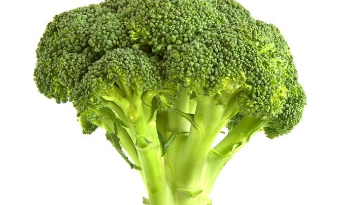 Broccoli-Super-Healthy-Food-Men-Spry