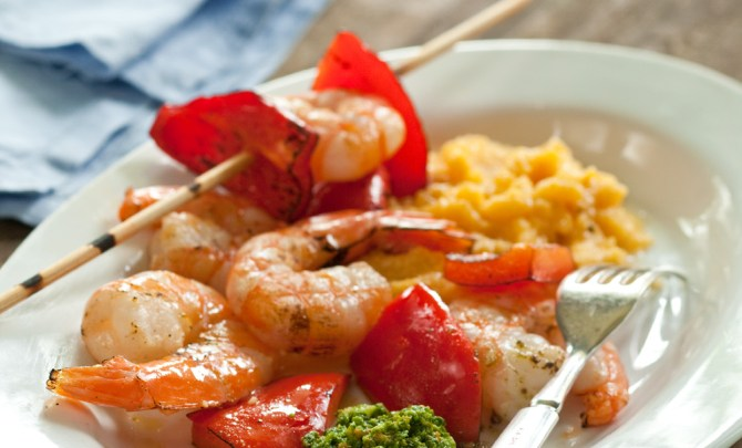 14601-grilled-shrimp-bell-peppers-spry-relish