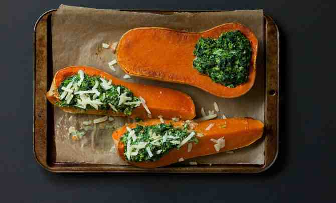 15551-butternut-squash-filled-with-spinach-and-ricotta-relish