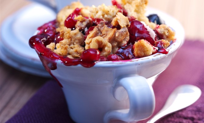 walnut-berry-crumble-spry-relish
