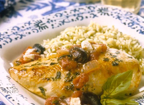 greek_chicken_with_tomatoes_and_feta