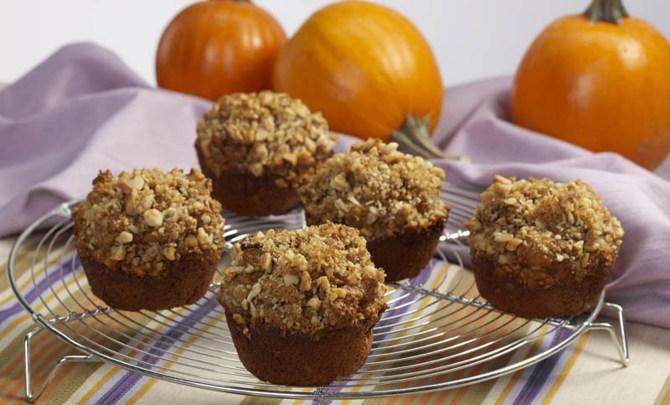 pumpkin_bran_walnut_muffins_5x7_300dpi