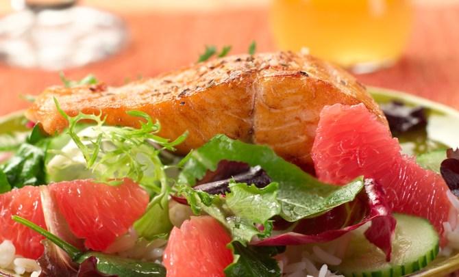 rio_star_grapefruit__salmon_salad