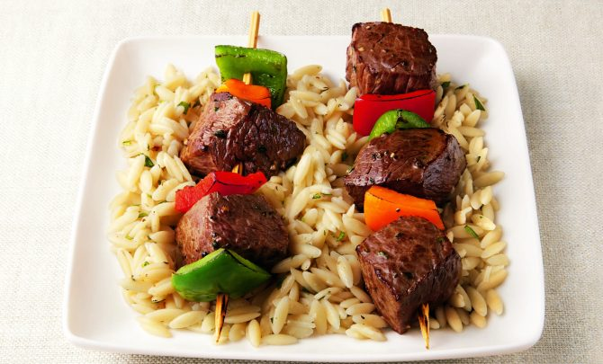 sizzling_sirloin_kabobs_on_a_bed_of_orzo