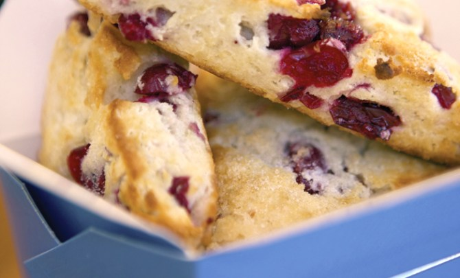 berry-scones-gluten-free-health-food-breakfast-snack-spry